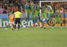 Houston Dynamo Forward Erick Torres #9 take a free kick where he scored and put the dynamo up by one goal match between the Houston Dynamo vs Seattle Sounders FC