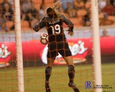 Orlando Pride Goalkeeper Aubrey Bledsoe #19 stops a shot During a match between the Houston Dash vs Orlando Pride Final Score Dash 2,Orlando 4 ,Houston Tx, 2017.